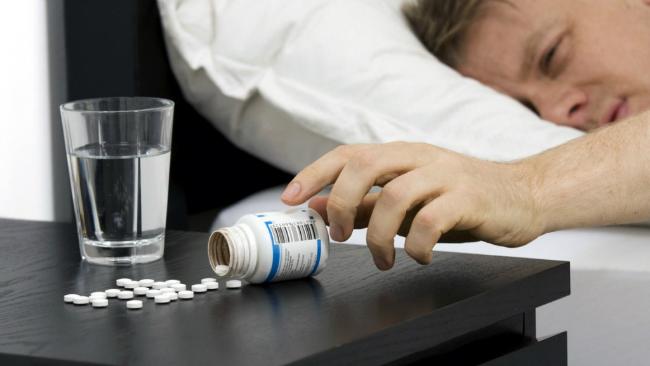 Dùng thuốc ngủ quá nhiều gây tác hại không tốt