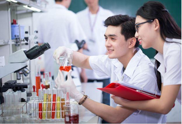 Trường Đại học Dược Hà Nội không tuyển thí sinh khuyết tật
