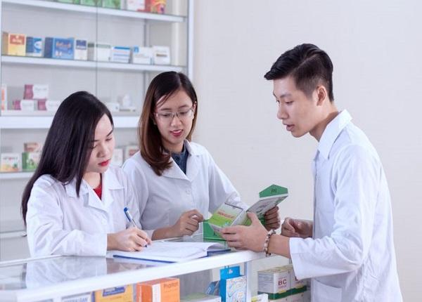 Tìm hiểu về chương trình học Dược sĩ văn bằng 2 hệ cao đẳng